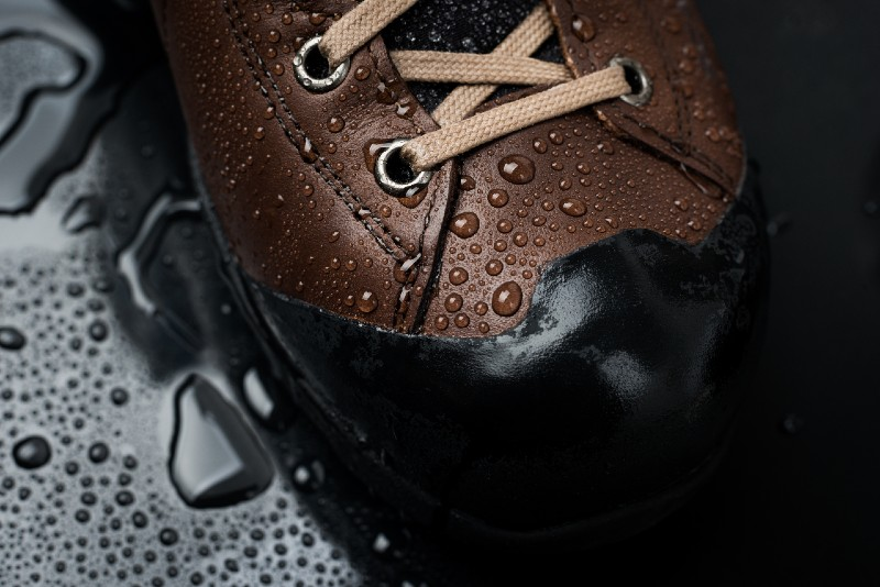 Waterproof boots for hiking, shoes in the water-hiking boots-ss
